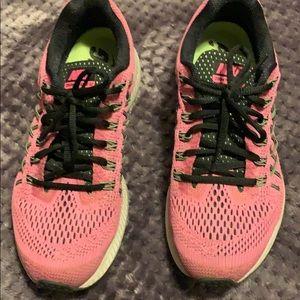 Women's Nike sneakers size 8.5